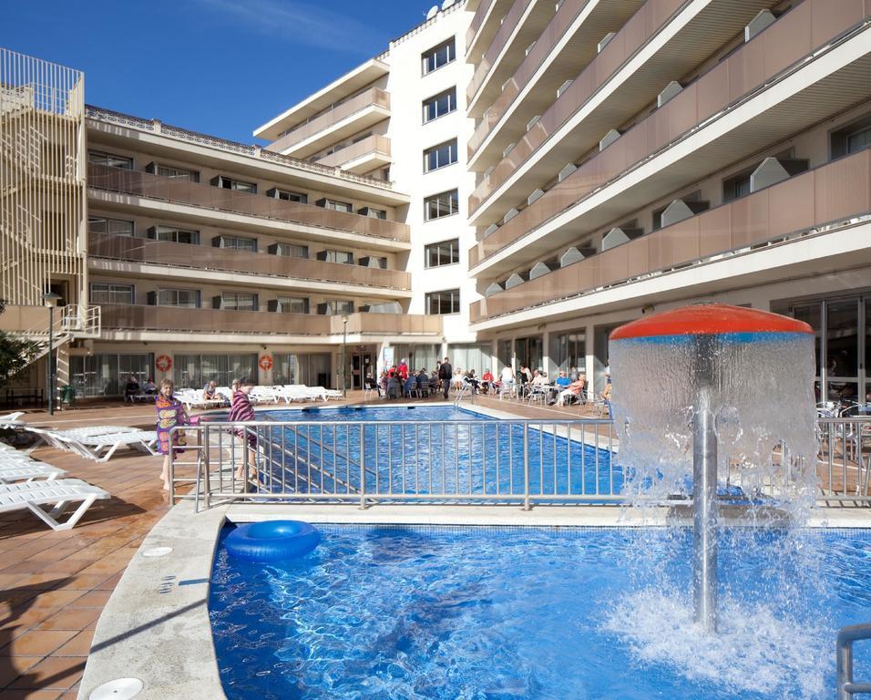 Avis celivacances et programme monop plage piscine jeux for Petit bassin piscine